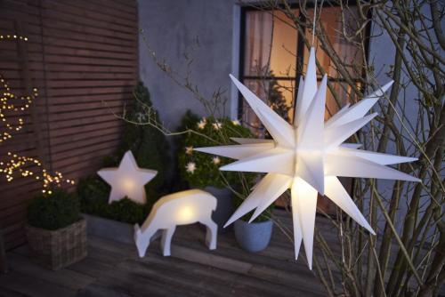 Vonkajsie_svietidlo_hviezda--Solarne_vonkajsie_svietidlo_hviezda--Solarne_vonkajsie_svietidlo_srnka